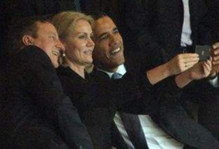 Selfie inedit al lui Obama la ceremonia dedicata lui Nelson Mandela