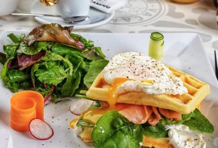 FOTO Un cunoscut restaurant din București își extinde meniul din cauza coronavirusului