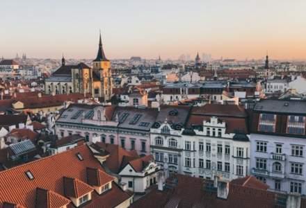 Condiții pentru românii care călătoresc în Cehia: Trebuie să te testezi pe banii tăi după ce te cazezi