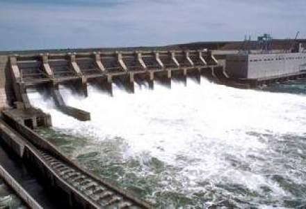 Mostenire de la Ceausescu: A fost inaugurata Centrala Hidroelectrica Racovita, inceputa inainte de 1989
