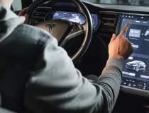 Elon Musk va aduce pe mașini...