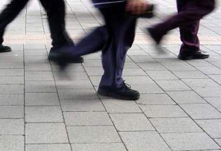 Brokerii: In criza, investitorii au fugit de bursa. Acum fug de dobanzile bancare