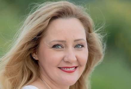 """Elena Lasconi, candidata USR pentru primăria Câmpulung Muscel: """"Refuz să mai stau pe margine, închisă într-o bulă de confort"""""""