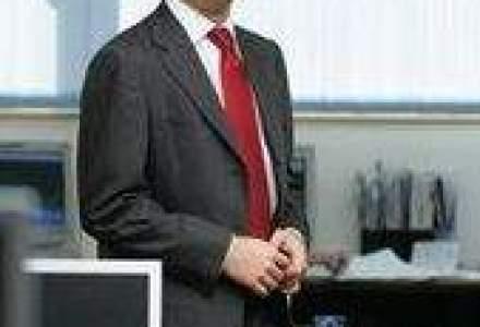 Marius Ghenea a investit 30.000 euro in amenajarea unui magazin traditional sub brandul Floridelux