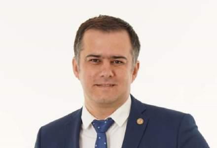 Lucian Stanciu-Viziteu, candidat PNL-USR-PLUS la Primăria Bacău: Până acum mediul de afaceri era văzut doar ca o zonă de la care se colectează bani