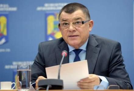 Stroe: Mi-am depus demisia in semn de onoare, pentru apararea demnitatii pompierilor IGSU