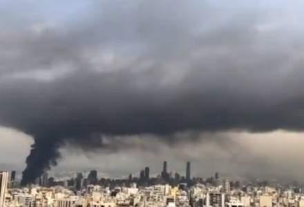 Incendiu masiv în portul din Beirut, la doar o lună distanță de la explozia care a zguduit capitala Libanului