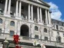 Recesiunea forteaza Bank of...
