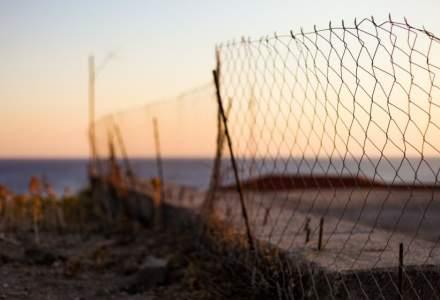 Ciocniri între poliție și migranți pe insula grecească Lesbos