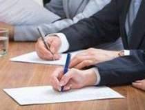 MTI a semnat contracte in...
