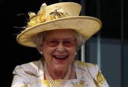 Rezervele financiare ale reginei Marii Britanii, la minim istoric. Unde este greseala