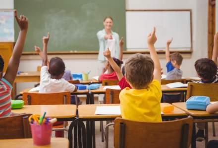 INS: Aproximativ 23% din totalul populației României e reprezentat de școlari