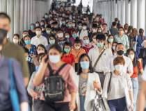 OMS estimează că pandemia se...