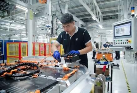 BMW dublează capacitatea de producţie a bateriilor pentru mașini electrice în China