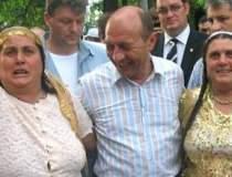 Basescu ia apararea romilor?...