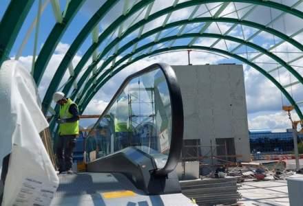 Iohannis testează trenul către Aeroportul Otopeni