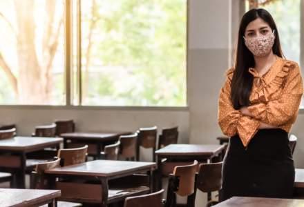 Școala în pandemie: profesorii ar putea primi stimulent de risc pe durata stării de alertă