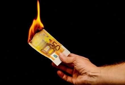Mărirea pensiilor cu 40% pune în pericol acordarea de fonduri europene României