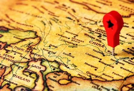 China a vaccinat zeci de mii de oameni împotriva COVID-19 cu o soluție NETESTATĂ