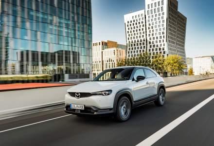 Noua Mazda MX-30 a ajuns în showroomurile din România