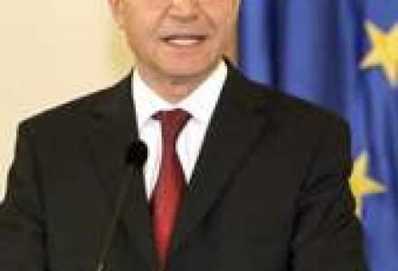 Basescu: Vom solicita BEI finantare pentru banci care, la randul lor, sa ajute dezvoltarea IMM-urilor