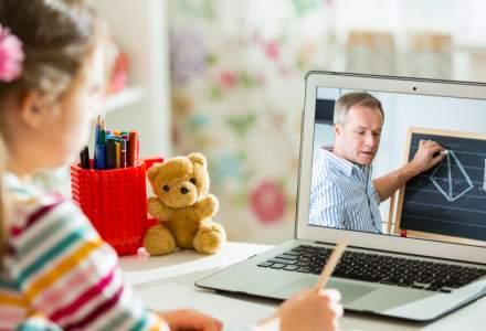 Profesorii care nu vor să preda online riscă să fie concediați. Explicațiile Inspectoratului Școlar București