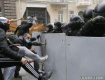 Kievul, in flacari: peste 20...