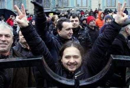 Zi istorica in UCRAINA. Parlamentul voteaza demiterea lui Ianukovici si alegeri anticipate la 25 mai