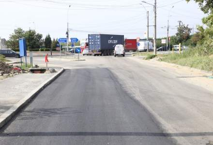 Dilemele birocrației: Stradă asfaltată doar pe jumătate într-o comună din Dolj