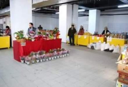 Prima piata deschisa intr-un mall: cati vizitatori atrag tarabele din Uvertura Mall Botosani