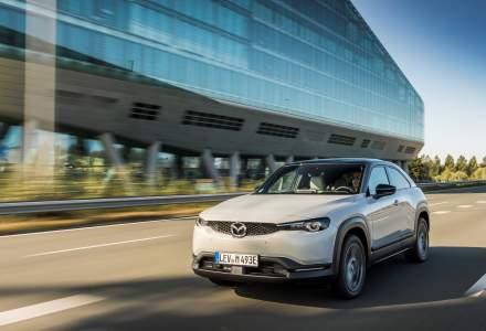 Mazda MX-30 va integra în premieră funcții de conectivitate auto
