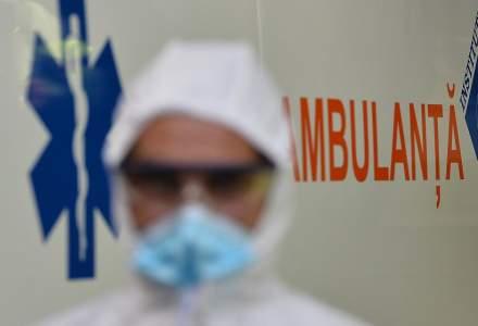 Asistent medical pe ambulanță: Din 6 solicitări, 5 sunt persoane infectate cu COVID-19