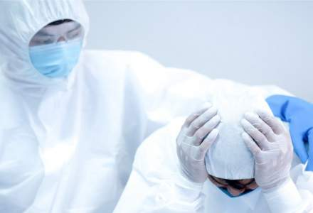 OMS: Strategiile prelungite de relaxare a restricțiilor cresc semnificativ mortalitatea din cauza COVID-19