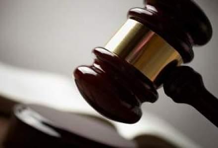 ASF a amendat trei administratori ai Altur, dupa ce nu au convocat AGA la cererea actionarilor