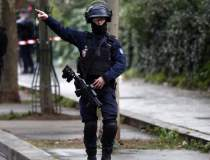 Atac terorist la Paris: un...