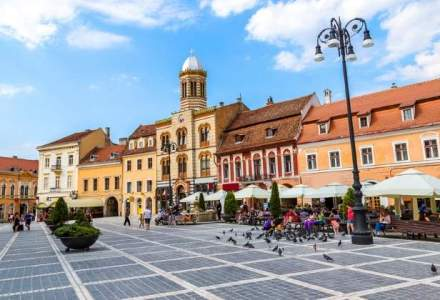 Braşov: Se instituie obligativitatea purtării măştii în spaţii publice şi interzicerea circulaţiei în grupuri mai mari de 6 persoane