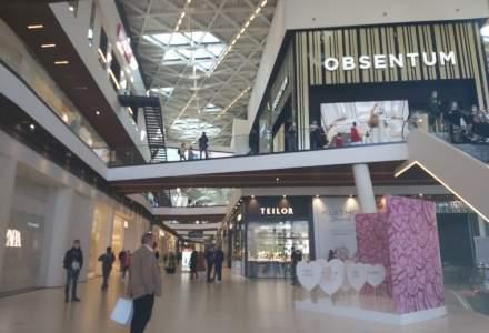 FOTO REPORTAJ: Cum arată primul mall din România deschis în timpul pandemiei?