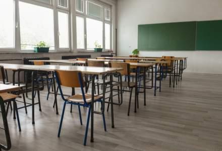 Câte școli din România au intrat în scenariul roșu