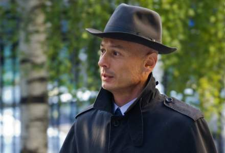 Bogdan Olteanu este cel de-al treilea șef al Camerei Deputaţilor care merge la închisoare