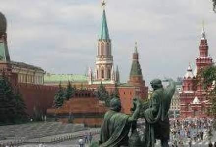 WSJ: Oligarhii si politicienii rusi sunt ingrijorati de impactul unor sanctiuni; Putin nu-i asculta