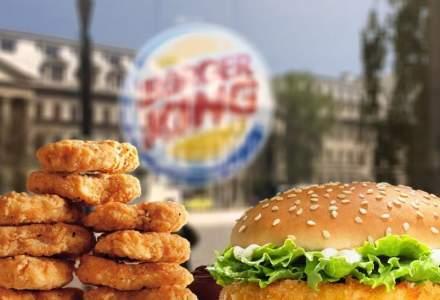 Burger King îi îndeamnă pe britanici să cumpere de la McDonald's pentru a susține industria lovită de un nou lockdown
