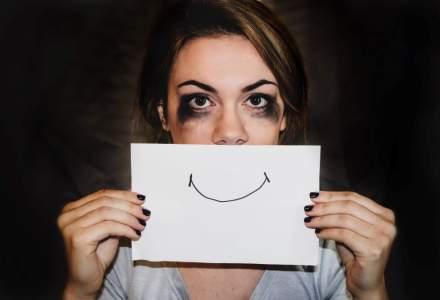 """Asociația Zi de Bine dedică luna noiembrie victimelor violenței domestice și lansează, cu sprijinul AVON, campania """"Iubirea care bate la ochi"""""""