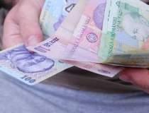Leul, amenintat de euro. La...