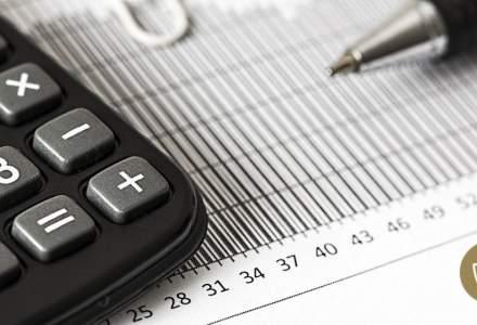 Salarii bugetari vs mediul privat: ce diferență este estimată între cele două sectoare anul viitor