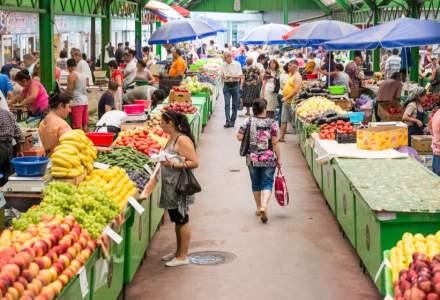 Tulcea: Comercianți nemulțumiți din cauză că vând în aer liber