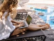 Pandemia mută în online...