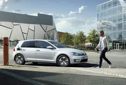 Un vehicul electric în România emite cu 40% mai puține noxe decât unul convențional
