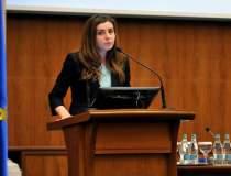 Ioana Petrescu, ministrul...