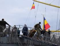 Cei 110 marinari infectați de...