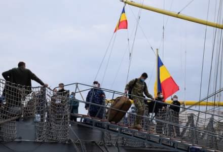 """Cei 110 marinari infectați de pe Fregata """"Regina Maria"""" au ajuns la Constanța"""